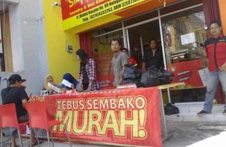 Bazaar Simply Fresh Laundry Berbagi Dengan Kaum Dhuafa
