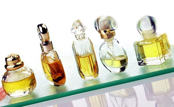 Jenis Aroma Dasar Parfum Pewangi Laundry