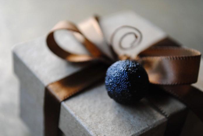 Cara Memilih Parfum Untuk Hadiah Spesial Teman Dekat