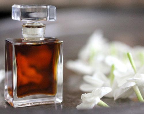 Bagaimana cara membuat parfum dari tanaman