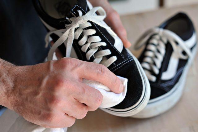 Cara Mencuci Sepatu Model Vans - Pewangi Laundry