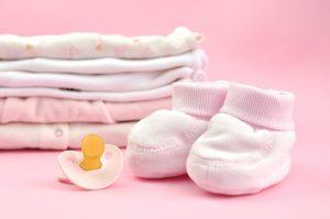 Cara Membersihkan Noda Susu di Pakaian Anak