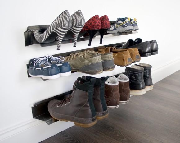 Cara Merawat Sepatu - Pewangi Laundry