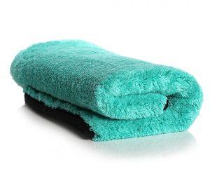 Kenapa Handuk Mudah Berbau Apek Ini Penyebabnya - Pewangi Laundry