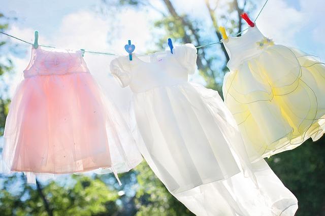 Cara Memutihkan Baju Putih Yang Sudah Kusam