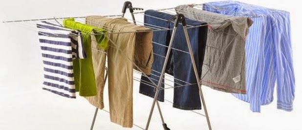 5 Tips Ini Akan Bikin Pakaianmu Tetap Segar Saat Musim Hujan